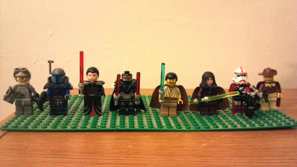 All the SWTOR Classes in Legos