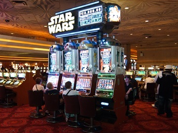 Will Somebody Make a Star Wars Slot Machine Please