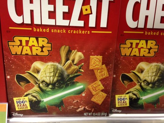 635857731543376153-star-wars-cheese-its