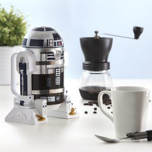 itns_r2-d2_coffee_press_inuse